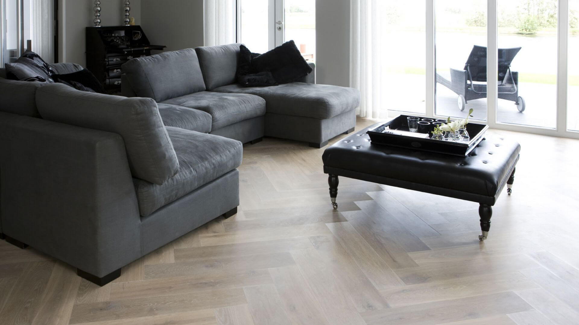oak herringbone floor utrecht