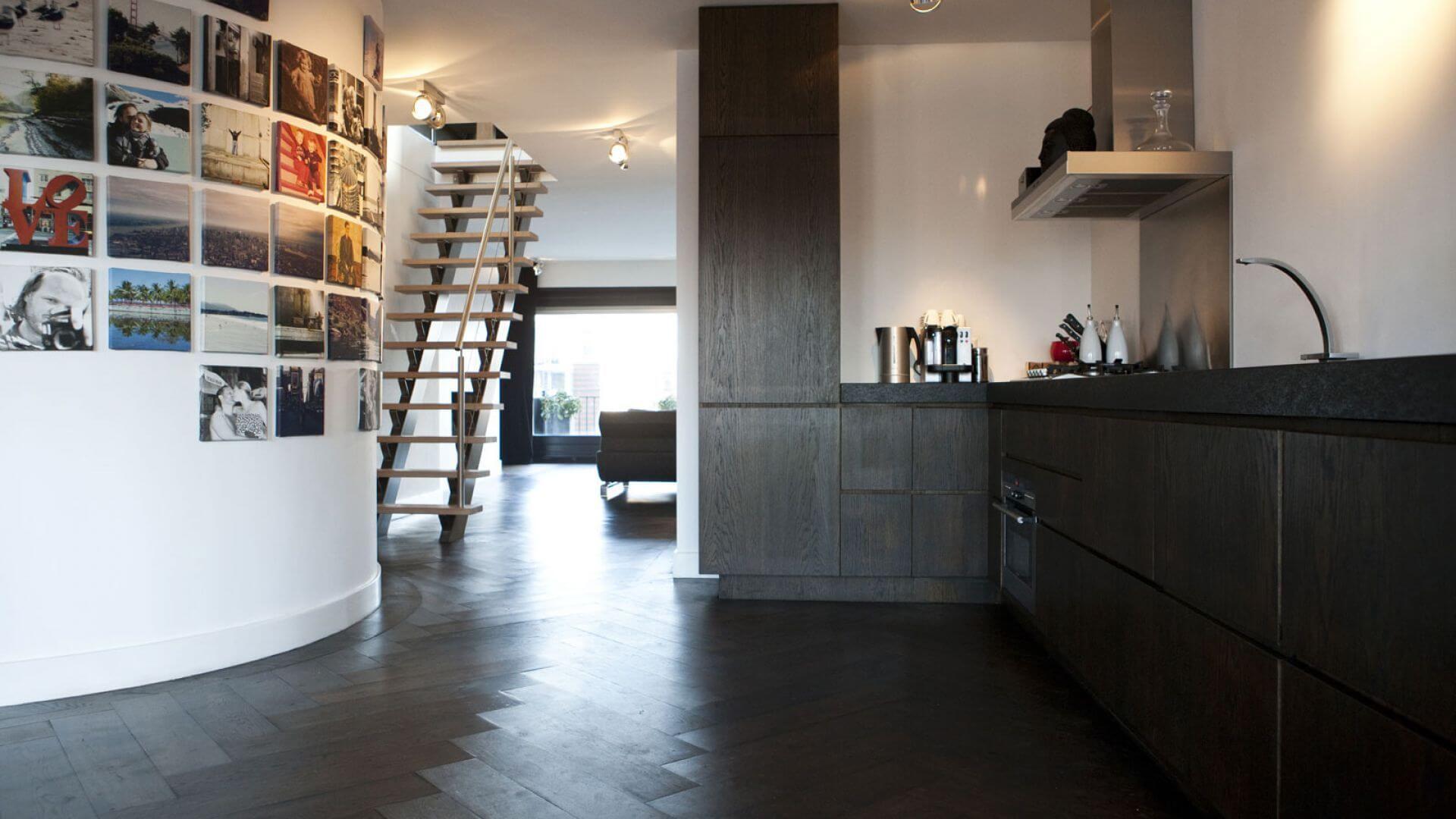 solid oakwood herringbone floor alphen aan den rijn