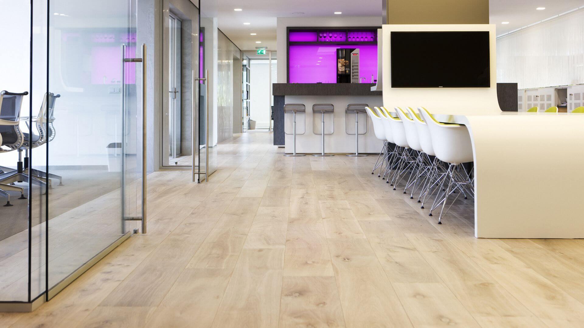 wide oak wood flooring in naarden