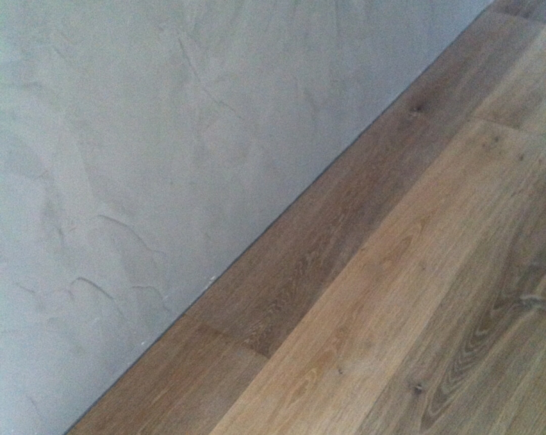 Wood Flooring without Skirting Boards