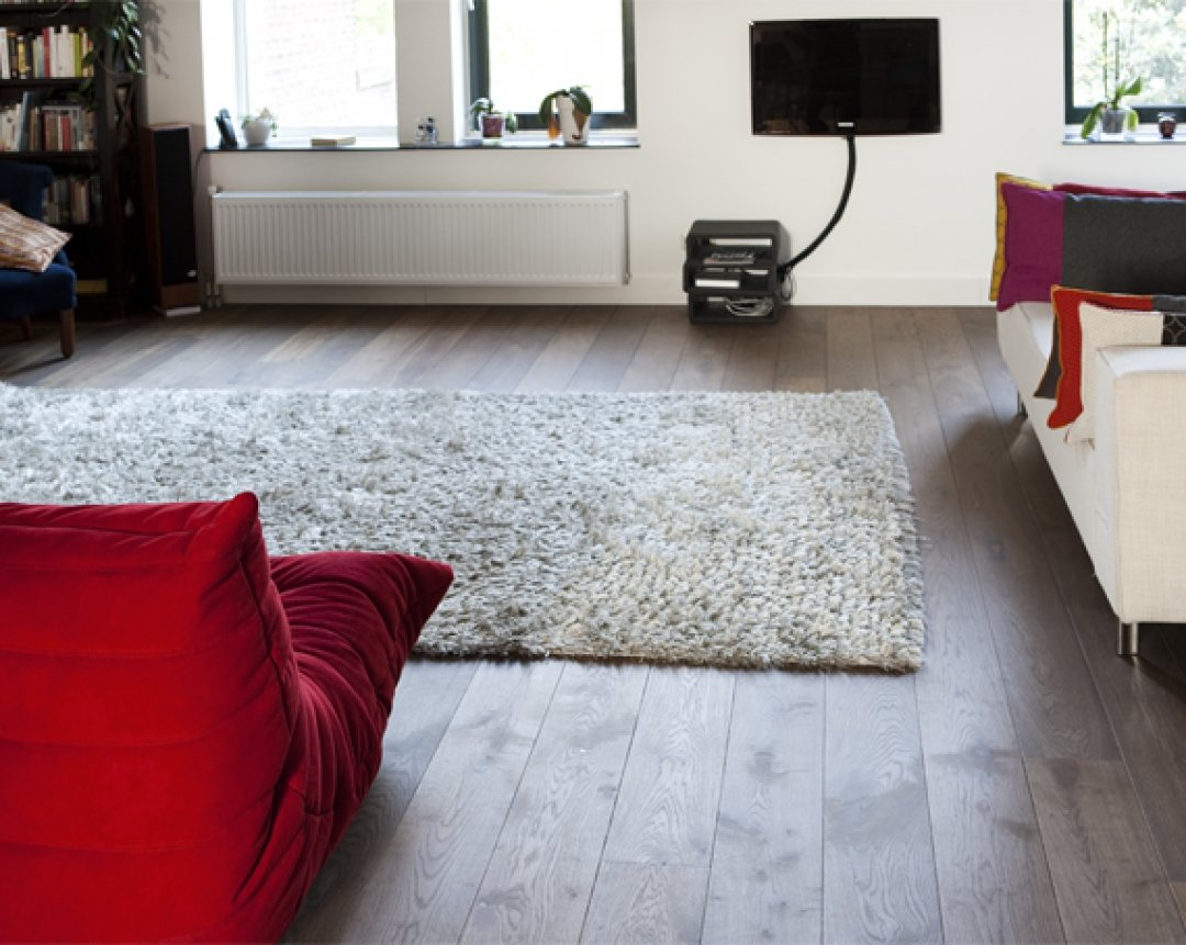 Floating wood floor in apartment