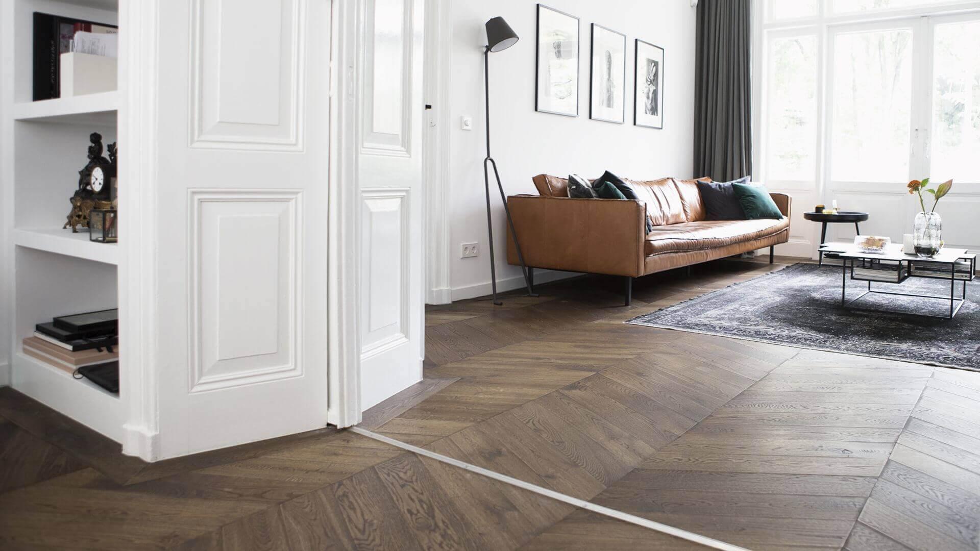 chevron pattern floor in the living room