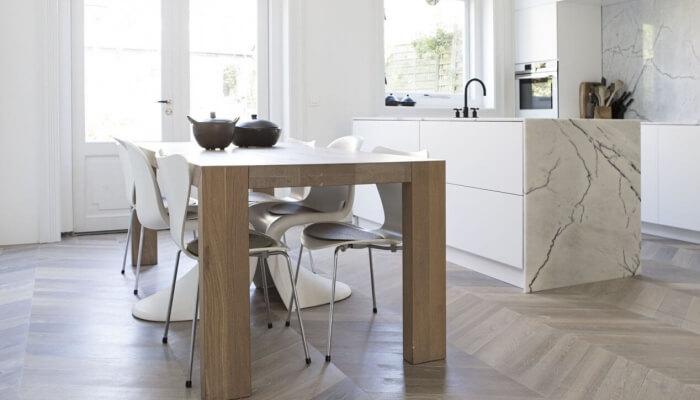 chevron parquet in the kitchen
