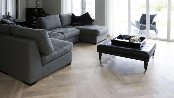 oak herringbone floor utrecht