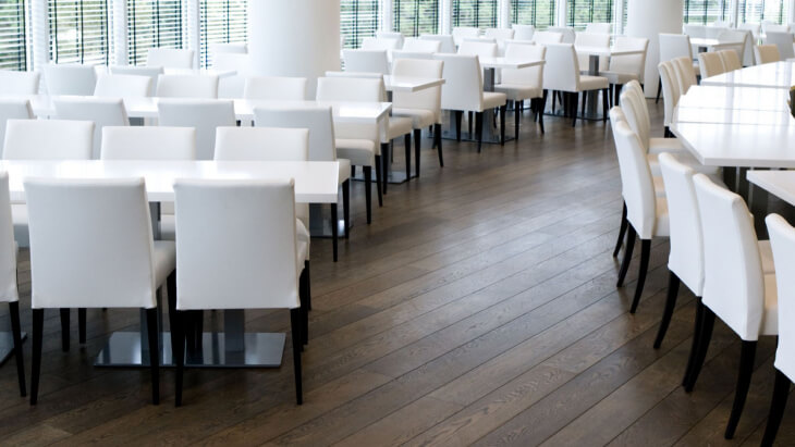 wood flooring in restaurant in amstelveen