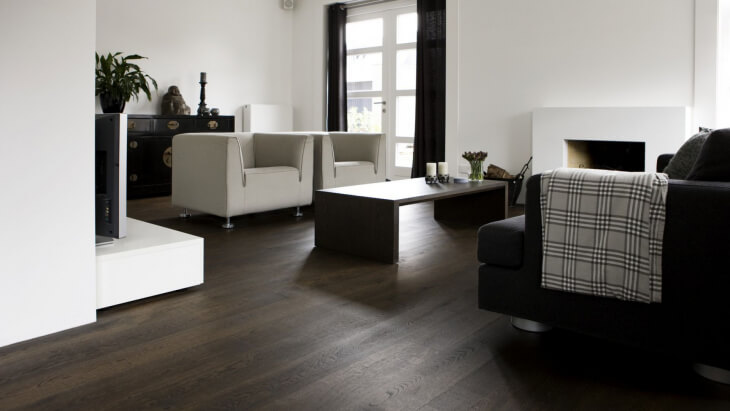 oakwood floor in leiden